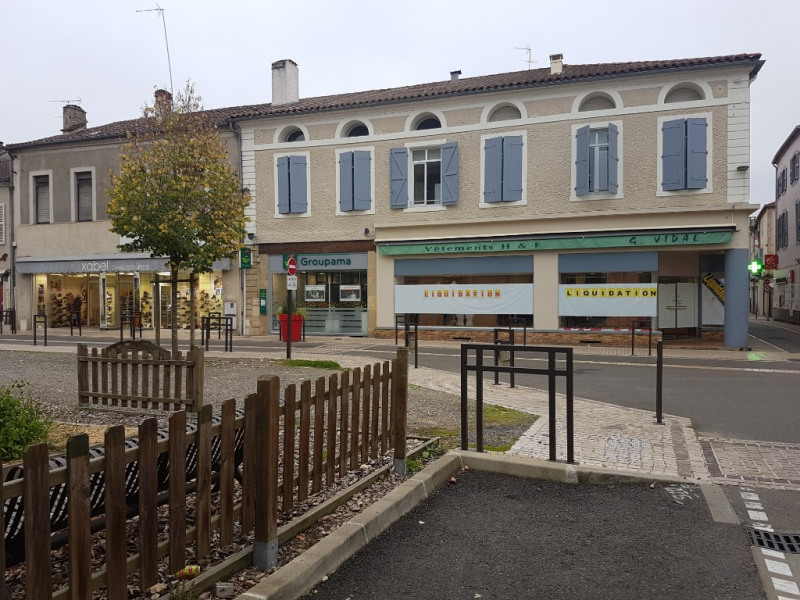 Location local commercial Aire sur l adour 900€ CC - Photo 1