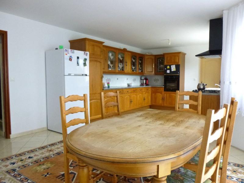 Revenda casa Brech 299810€ - Fotografia 3