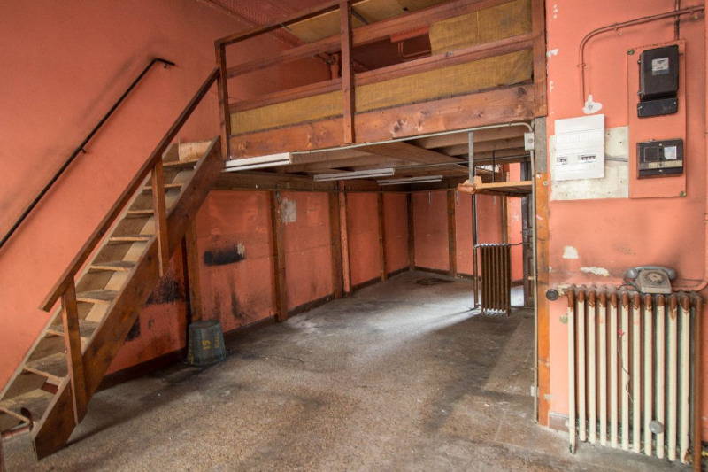 Location local commercial Nice 710€ CC - Photo 1