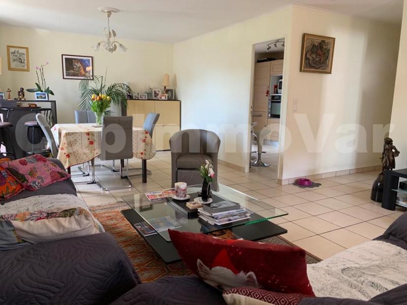 Sale house / villa Le beausset 390000€ - Picture 6