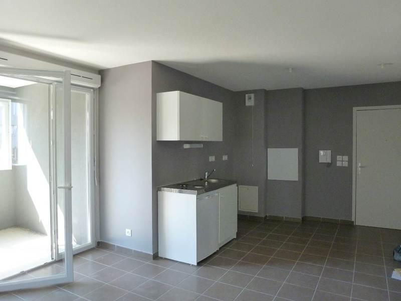 Sale apartment L'isle d'abeau 99000€ - Picture 1