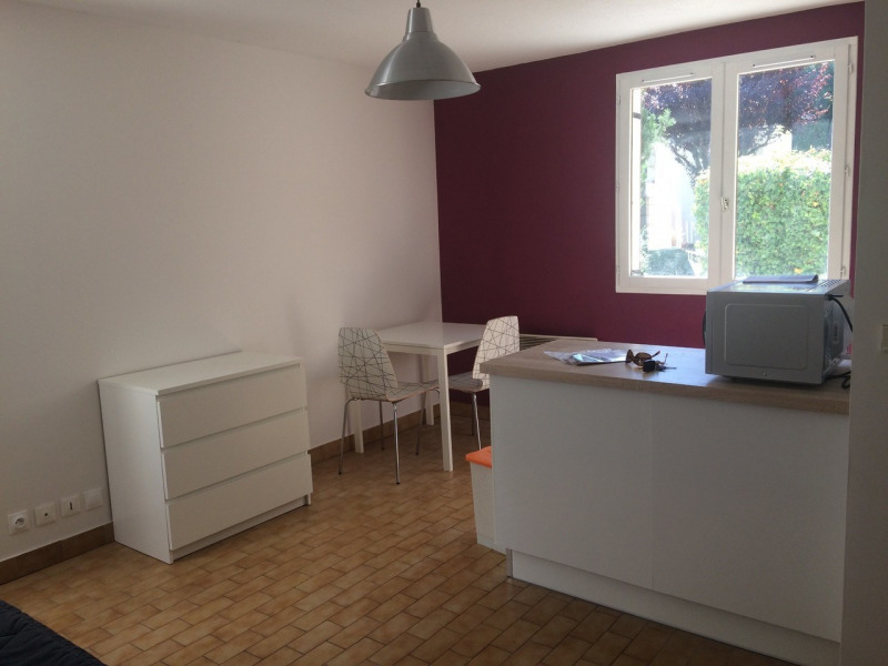 Location appartement Annecy 456€ CC - Photo 1
