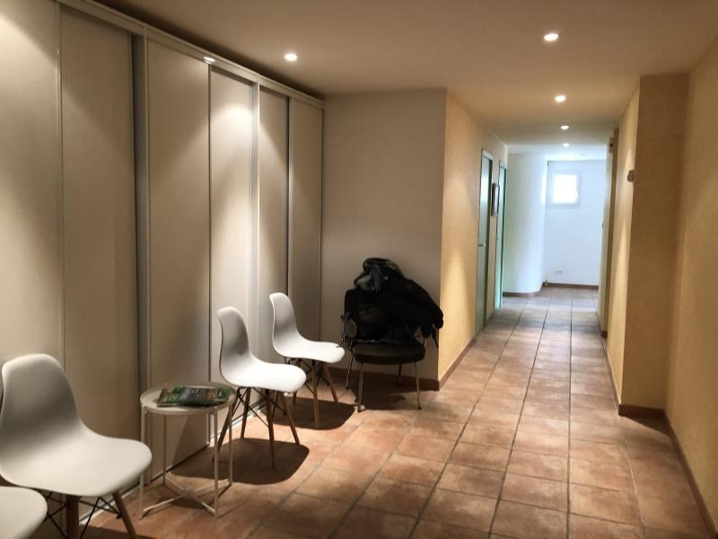 Location local commercial Nimes 350€ HT/HC - Photo 1
