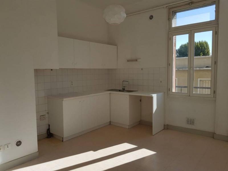 Rental apartment Avignon 695€ CC - Picture 3