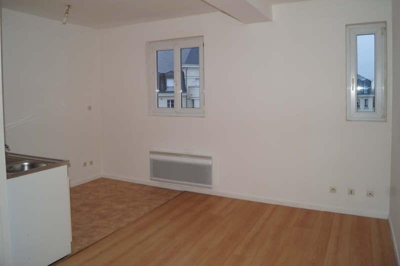 Location appartement Arras 325€ CC - Photo 1