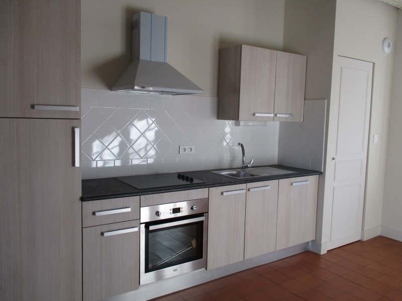 Rental apartment Nimes 571€ CC - Picture 2