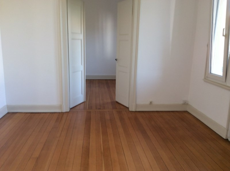 Rental apartment Strasbourg 865€ CC - Picture 3