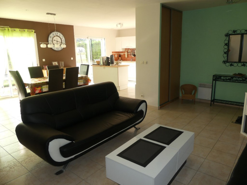 Sale house / villa La poueze 209000€ - Picture 2