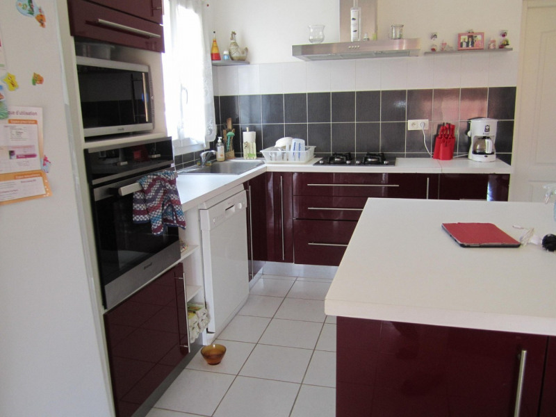 Sale house / villa Barbezieux-saint-hilaire 194000€ - Picture 4