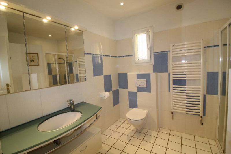 Vente maison / villa Hyeres 499000€ - Photo 12