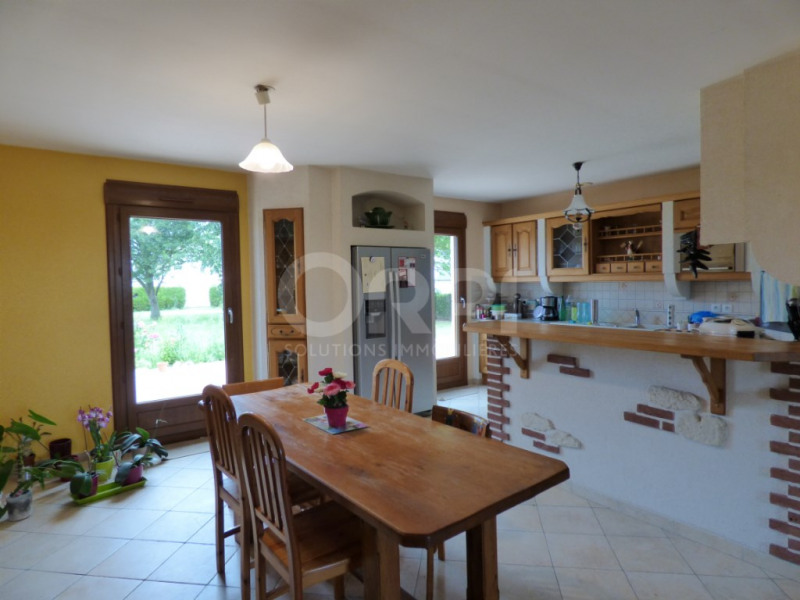 Sale house / villa Les andelys 188000€ - Picture 2