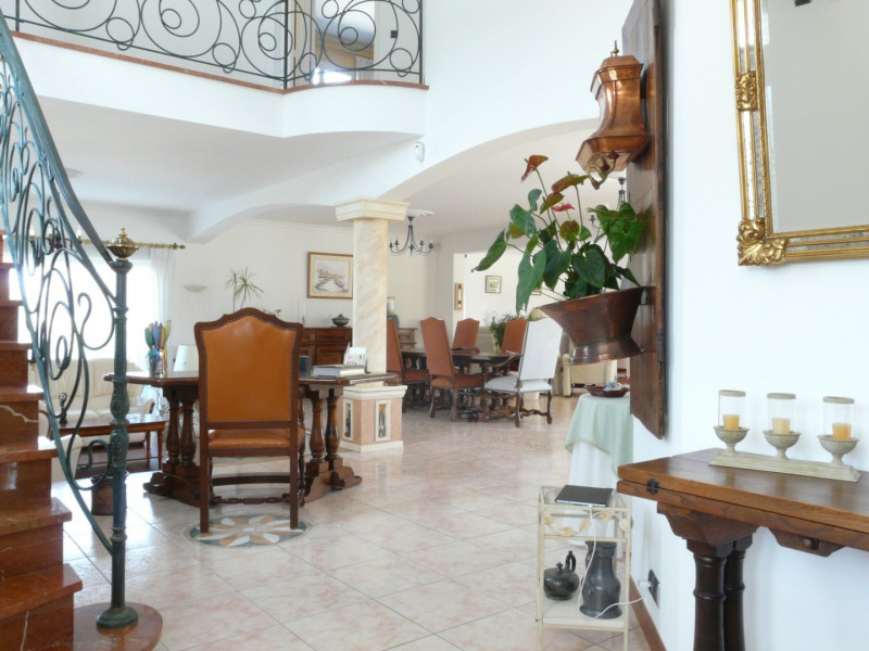 Deluxe sale house / villa St augustin 789000€ - Picture 2