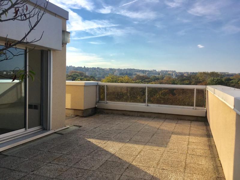 Duplex avec terrasse et parking