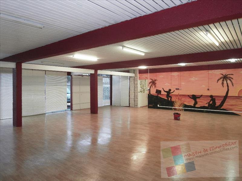 Rental empty room/storage Cognac 524€ CC - Picture 1