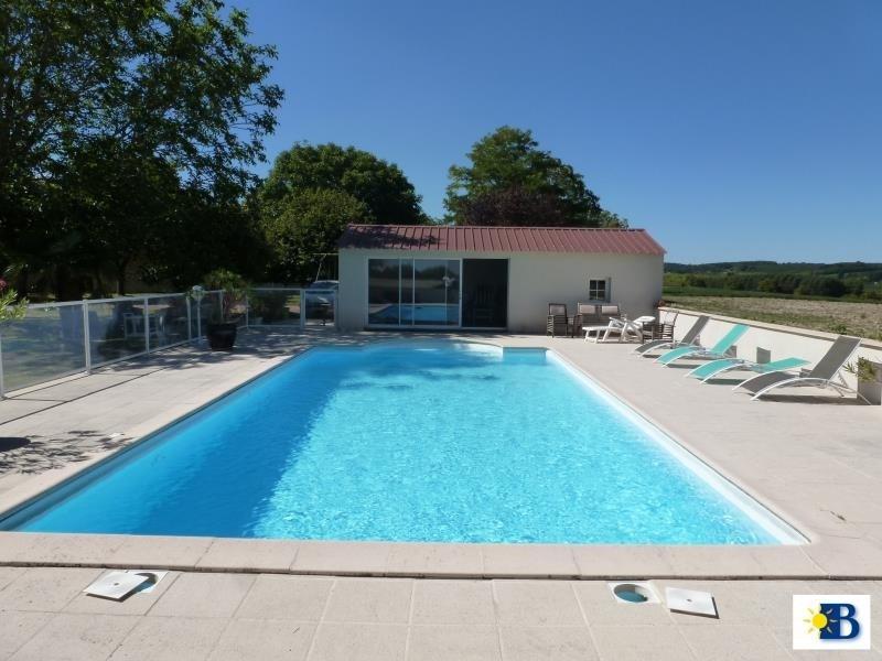 Vente maison / villa Chatellerault 270300€ - Photo 2
