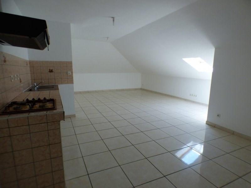 Rental apartment L etang sale 584€ CC - Picture 2