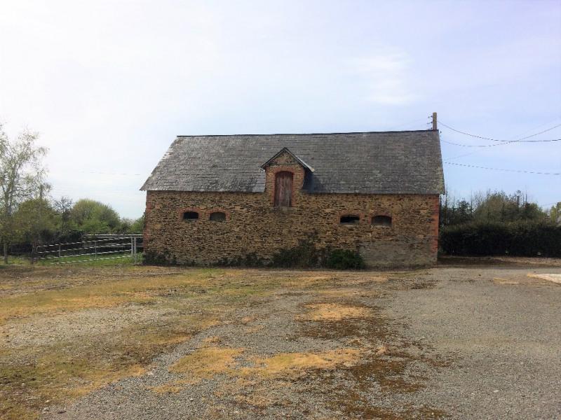 Sale house / villa Craon 132000€ - Picture 2