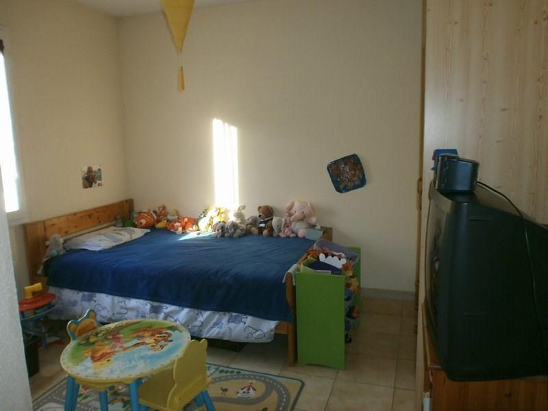 Sale house / villa L isle d'abeau 220000€ - Picture 6