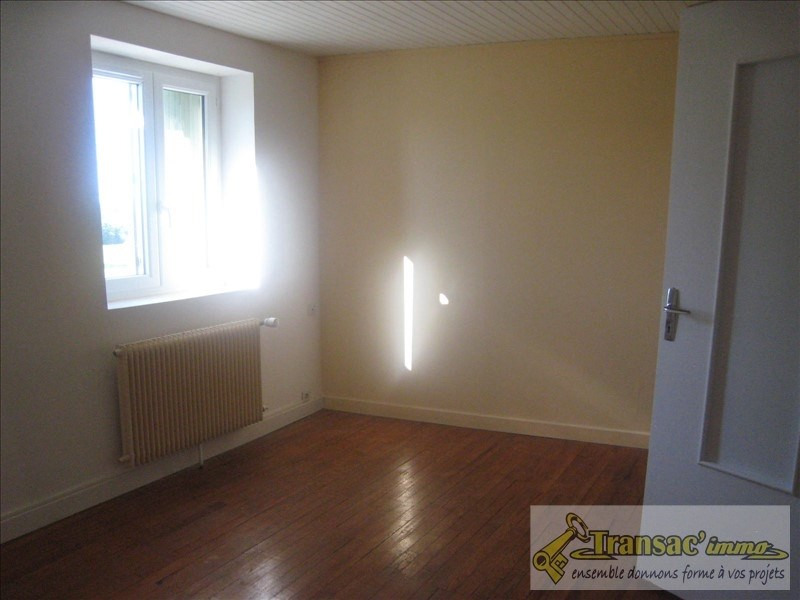 Sale house / villa Puy guillaume 76300€ - Picture 3