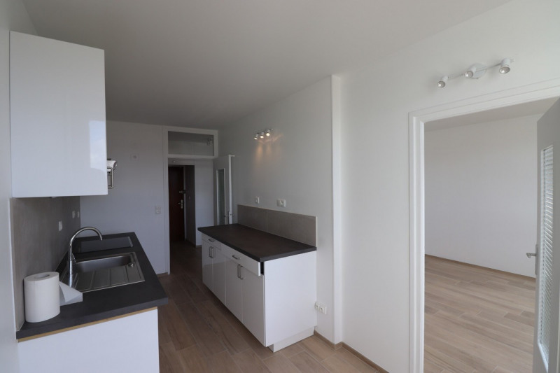 Location appartement Annecy 1065€ CC - Photo 3