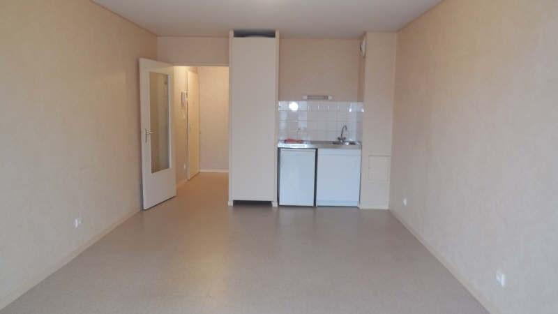 Rental apartment Yvetot 370€ CC - Picture 2
