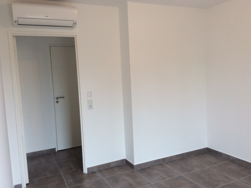 Location appartement Fréjus 770€ CC - Photo 6