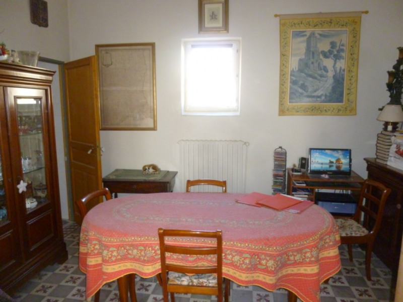 Sale apartment Nimes 339 000€ - Picture 4