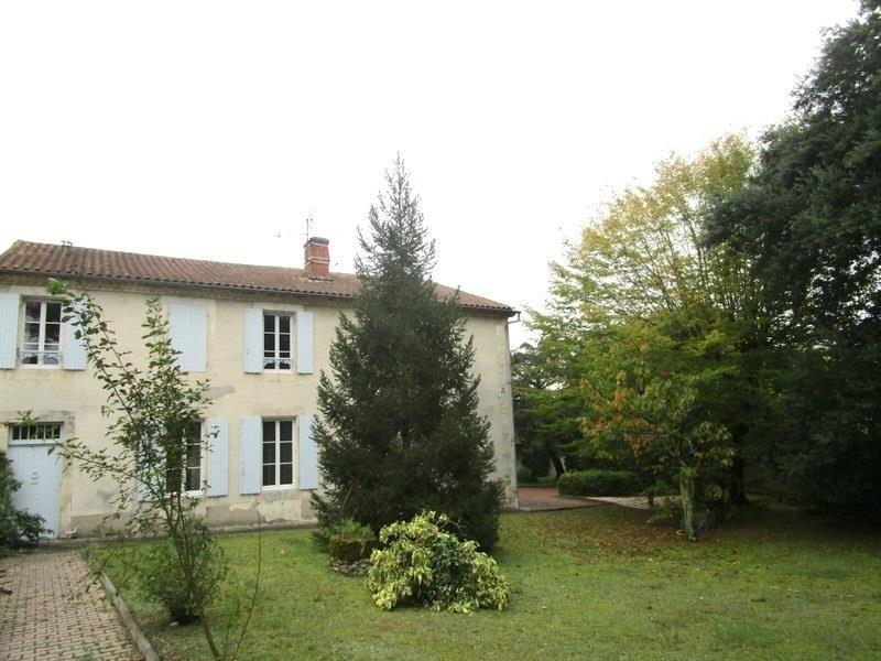 Deluxe sale house / villa St andre de cubzac 279000€ - Picture 1