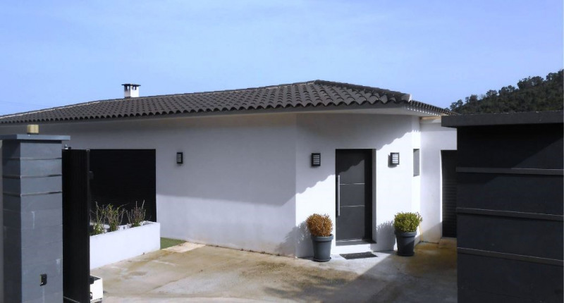 Sale house / villa Solenzara 595000€ - Picture 1