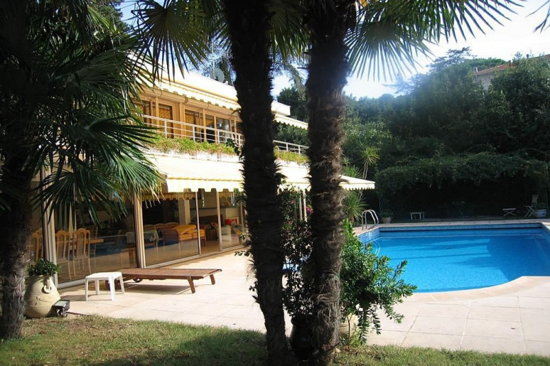 Deluxe sale house / villa Cap d'antibes 2 960 000€ - Picture 2