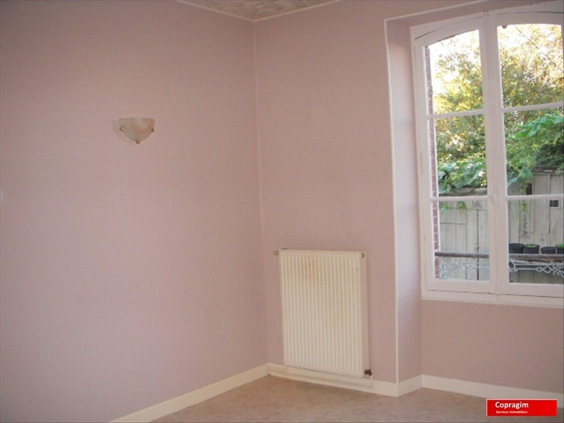 Location appartement Montereau fault yonne 471€ CC - Photo 1