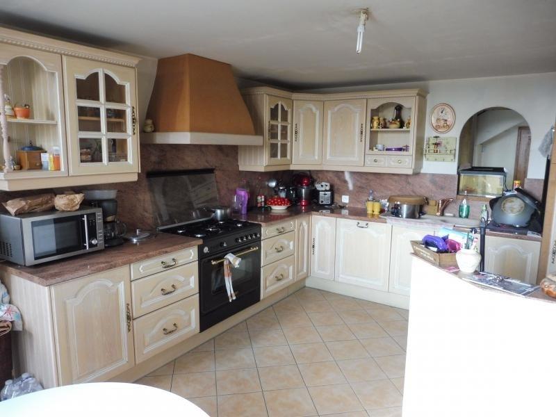 Sale house / villa Le may sur evre 137900€ - Picture 4
