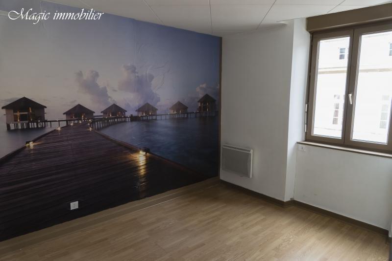Rental apartment Nantua 321€ CC - Picture 6