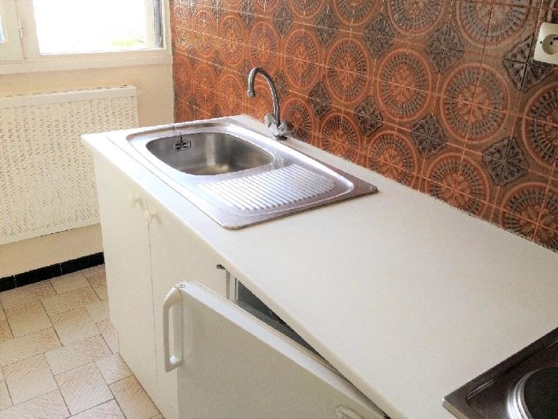 Sale apartment Bron 120000€ - Picture 4