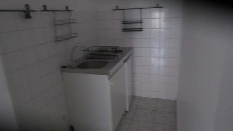 Rental apartment Carcassonne 281€ CC - Picture 3
