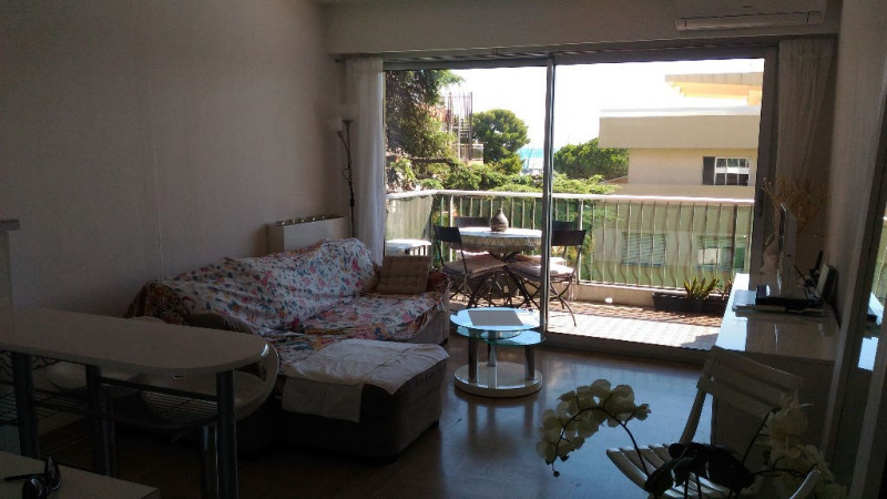 Rental apartment Saint laurent du var 780€ CC - Picture 1
