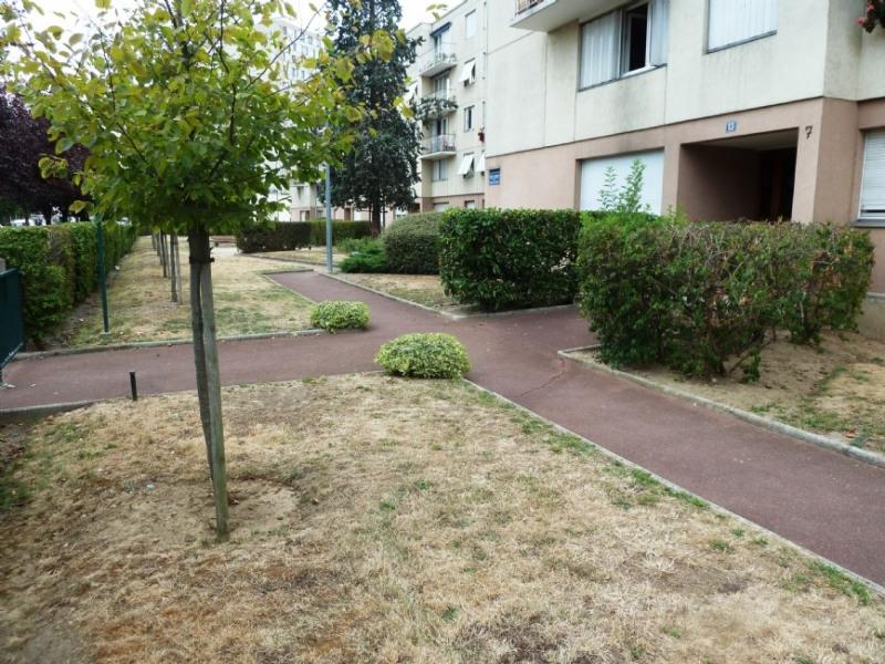 Location appartement Asnieres sur seine 1170€ CC - Photo 9