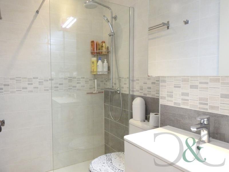 Sale apartment Le lavandou 231000€ - Picture 7