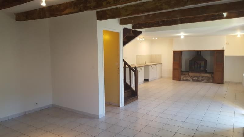 Location maison / villa Querrien 550€ CC - Photo 4