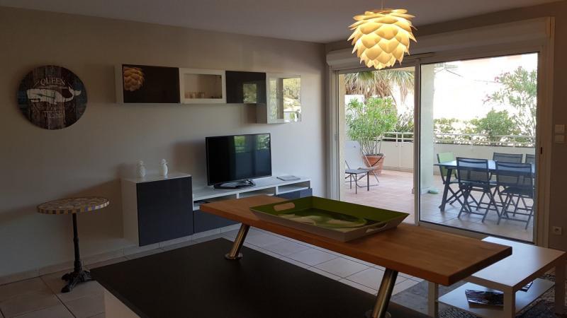 Location vacances appartement Cavalaire sur mer 650€ - Photo 7