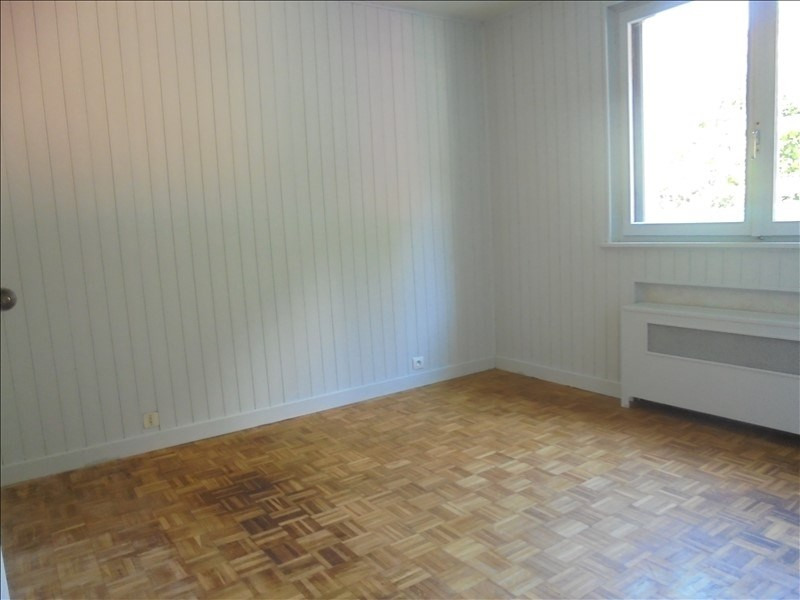 Location appartement Cluses 750€ CC - Photo 4