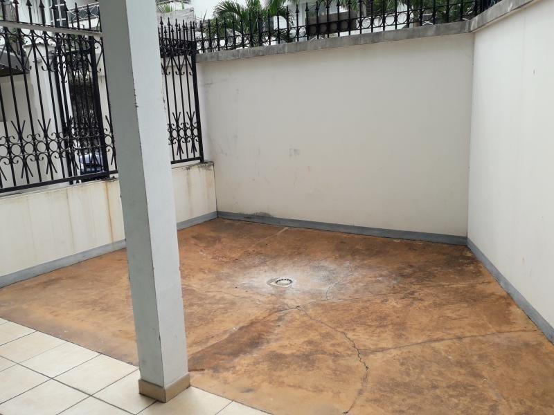 Location appartement Moufia 542€ CC - Photo 6