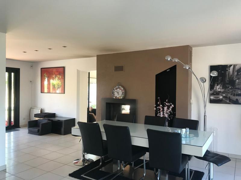 Sale house / villa Montfort l amaury 645000€ - Picture 4