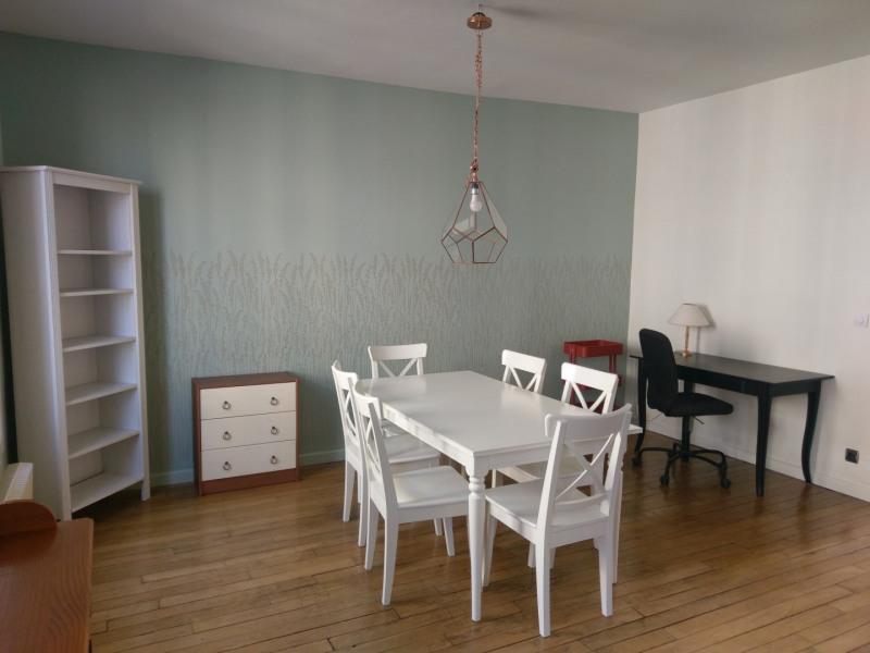 Rental apartment Courbevoie 1890€ CC - Picture 2