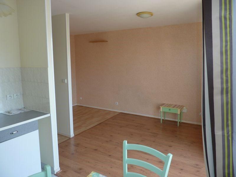 Rental apartment Pontivy 340€ CC - Picture 3