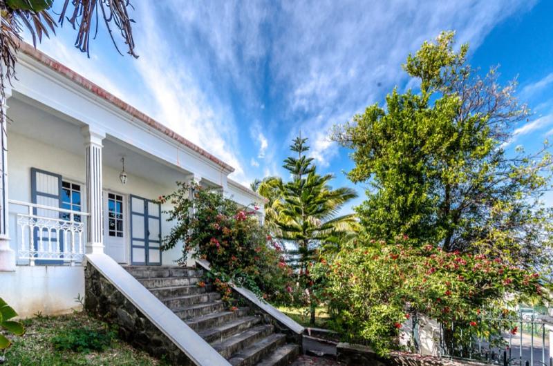 Sale house / villa Saint pierre 405000€ - Picture 1