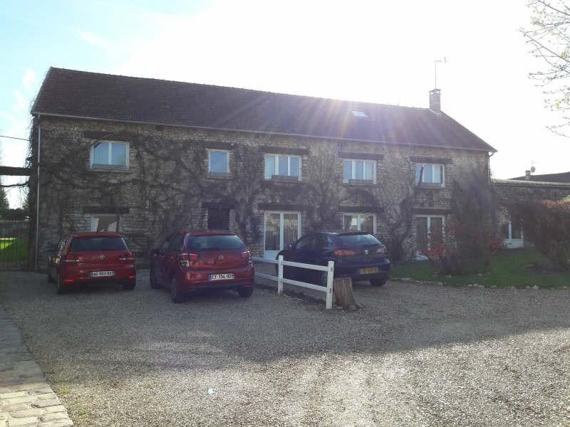 Sale house / villa Marines 440000€ - Picture 1