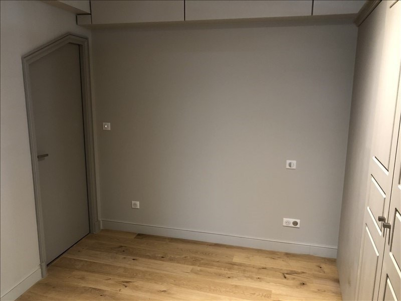 Rental apartment Nimes 480€ CC - Picture 3