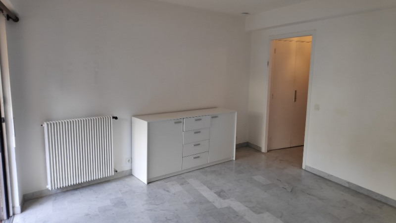 Rental apartment Nice 600€ CC - Picture 2