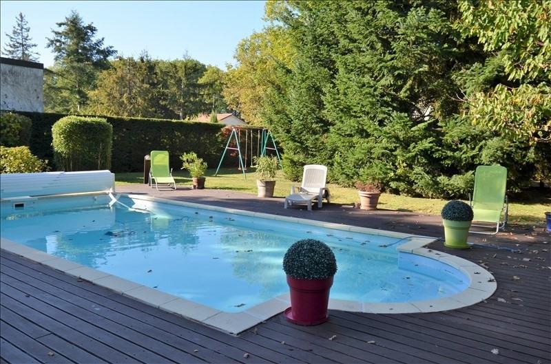 Deluxe sale house / villa Marcy l etoile 730000€ - Picture 1